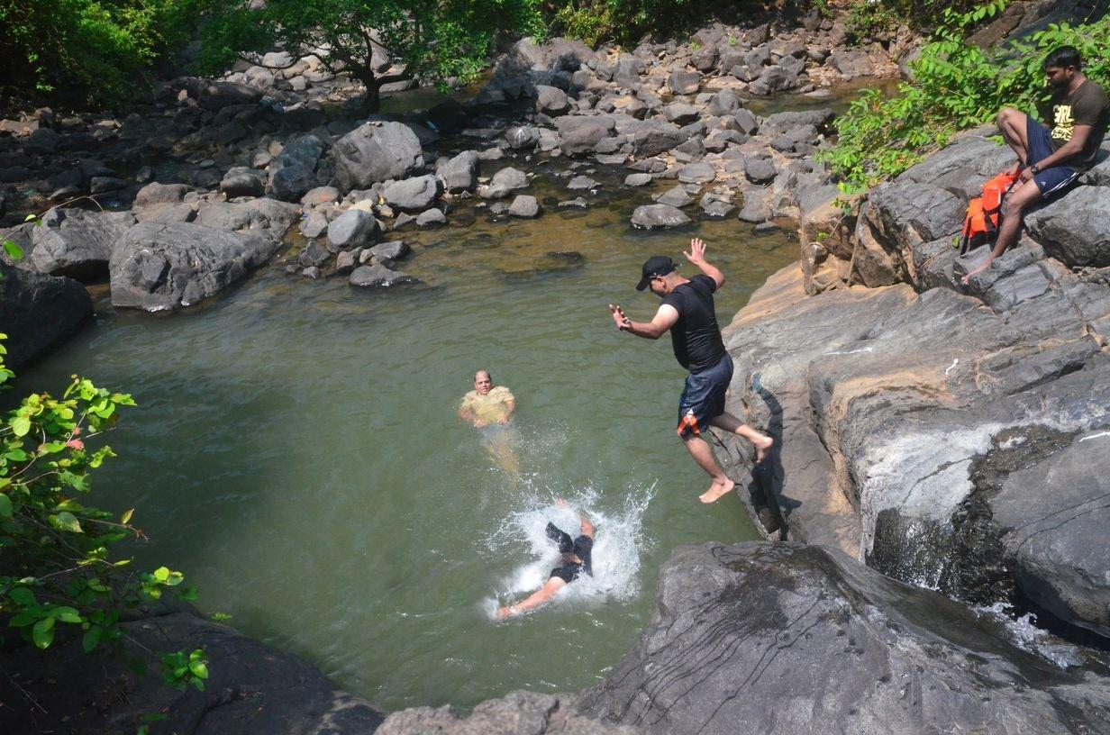 Chinchoti Waterfall Trek