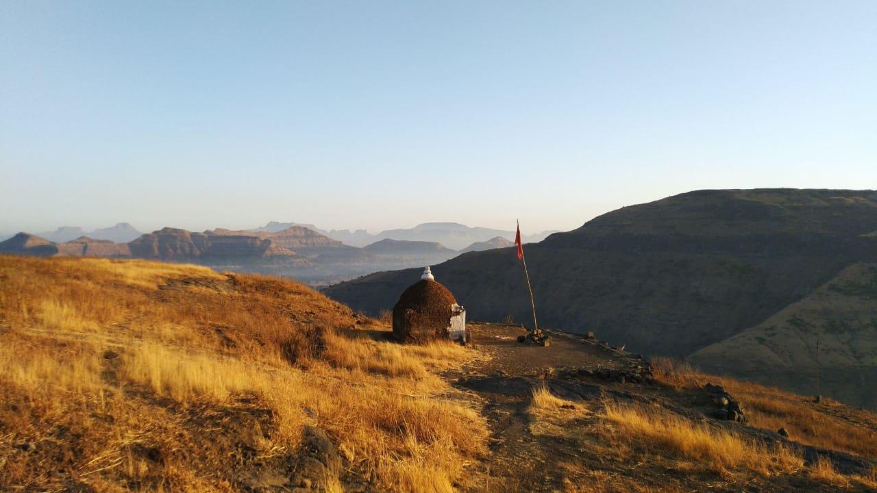 Tringalwadi Fort Trek